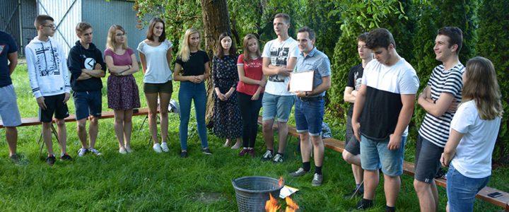 Ognisko na zakończenie młodzieżówek i pożegnanie ks. Marcina